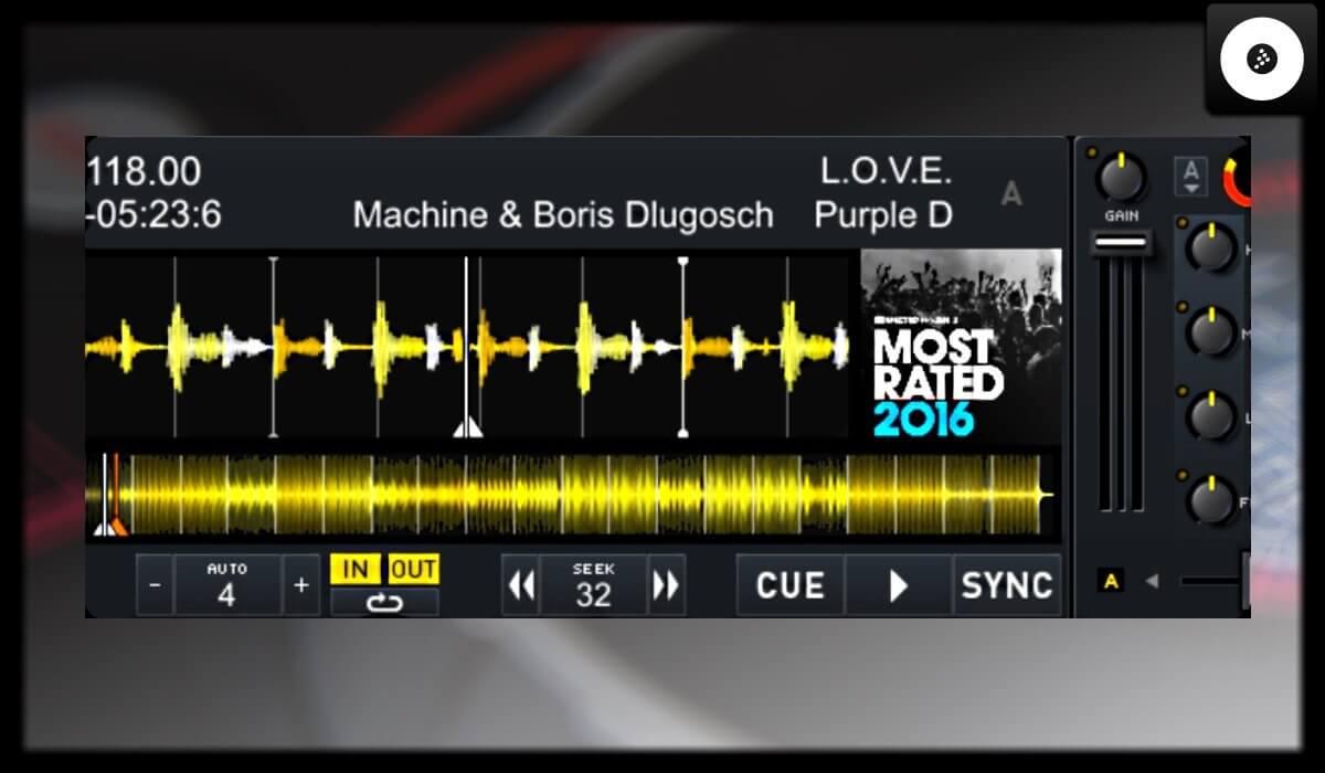 Mixvibes Cross DJ deck detail