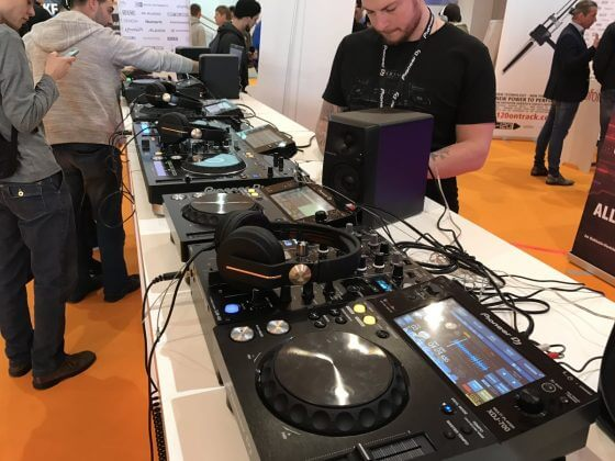 Pioneer DJ @ DJCon