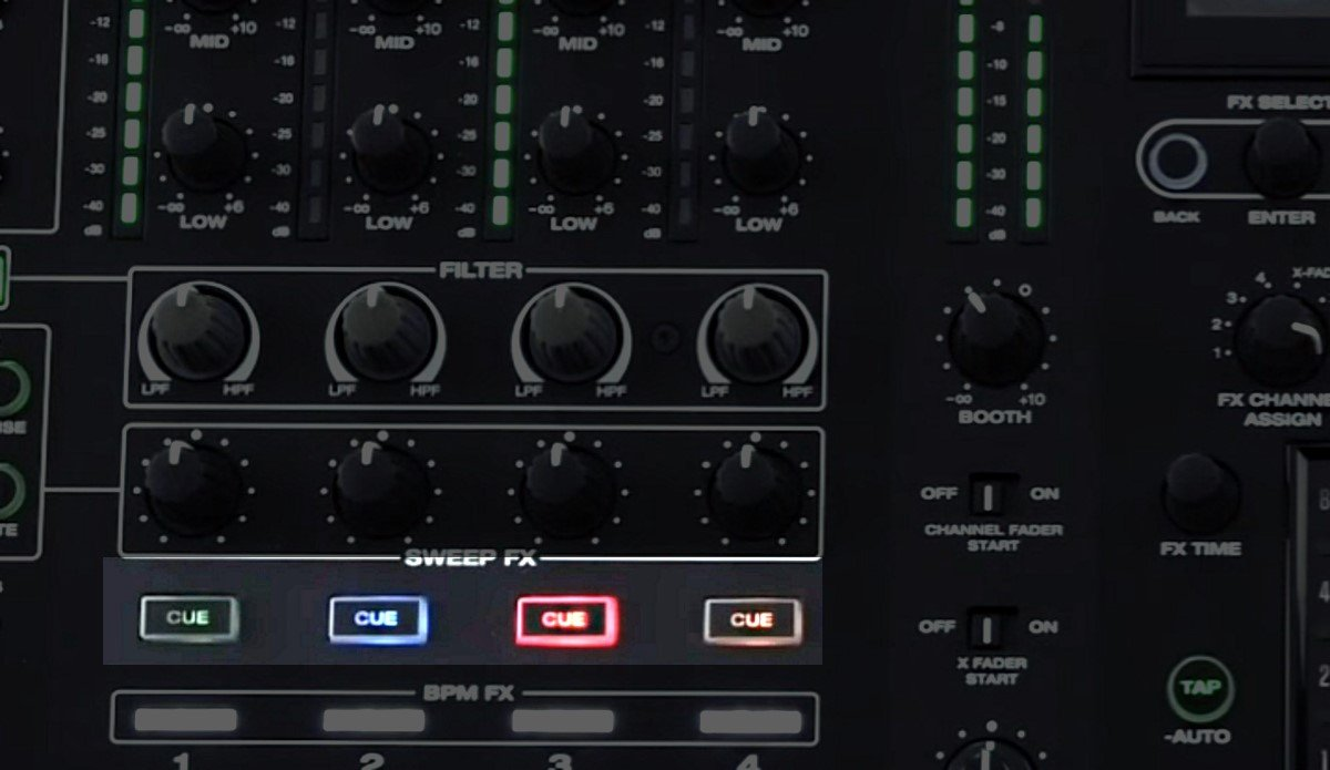 X1800 Prime backlit cue buttons