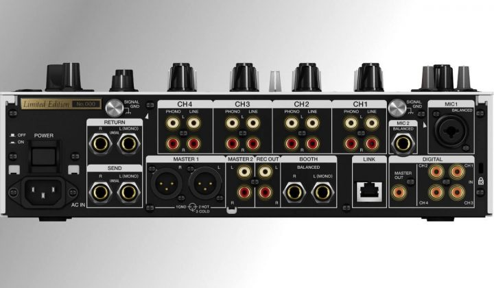 Pioneer DJ CDJ-900 NXS2 top