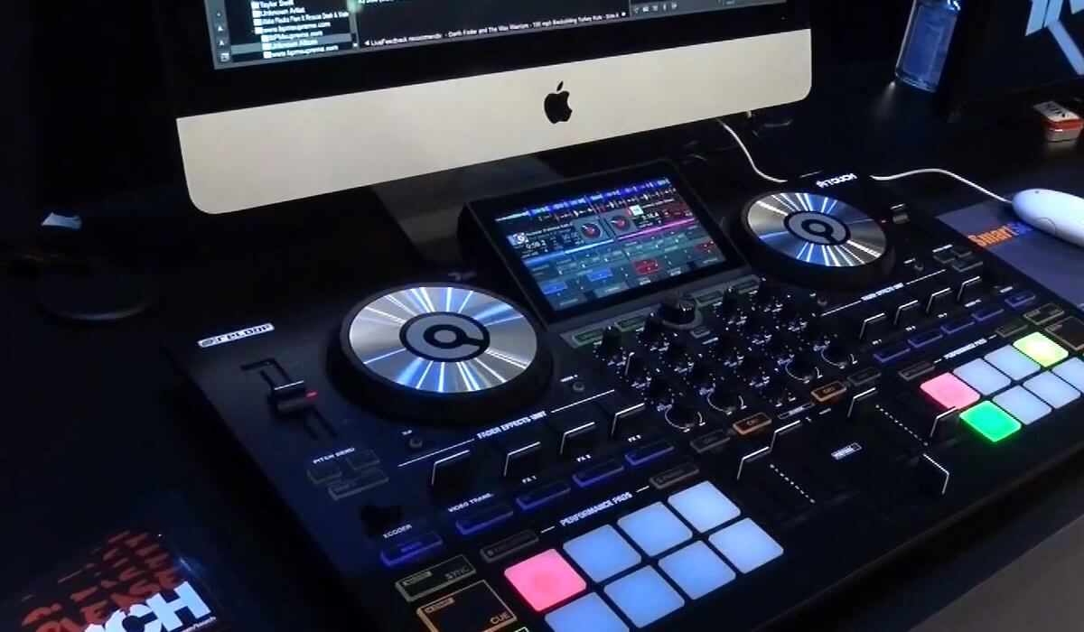 Namm 2018 reloop touch virtual dj controller video for Virtual home walkthrough