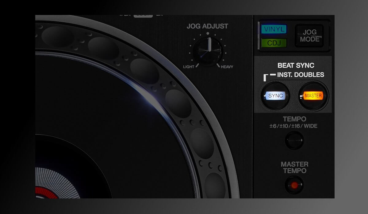 The sync buttons on the Pioneer DJ CDJ-2000NXS2