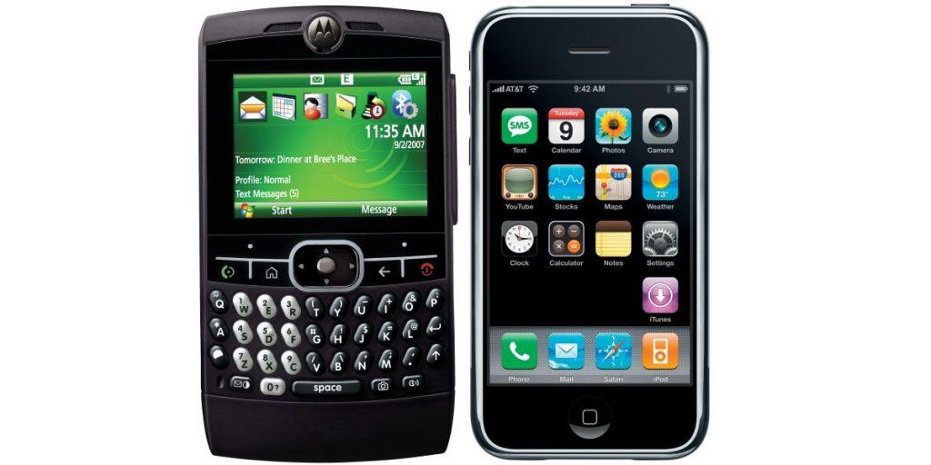 Iphone 1 versus Motorola smartphone