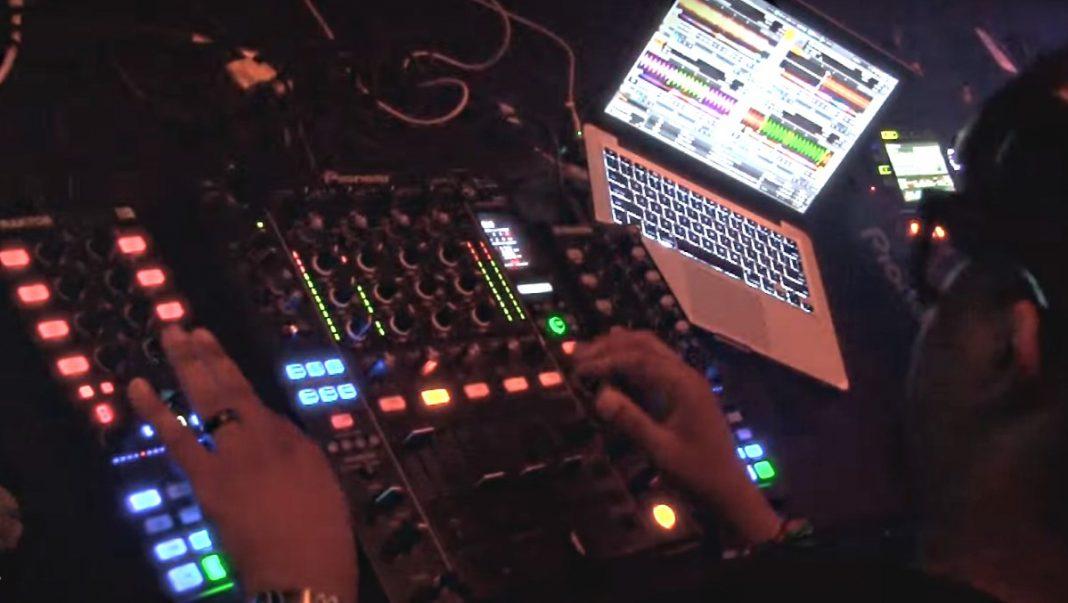 Felix Da Housecat Live