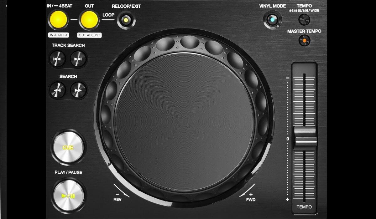 Pioneer DJ XDJ-700 jog wheel and transport controls