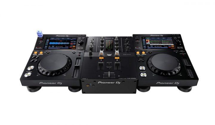 Pioneer DJ DJM-250MK2 with XDJ-700