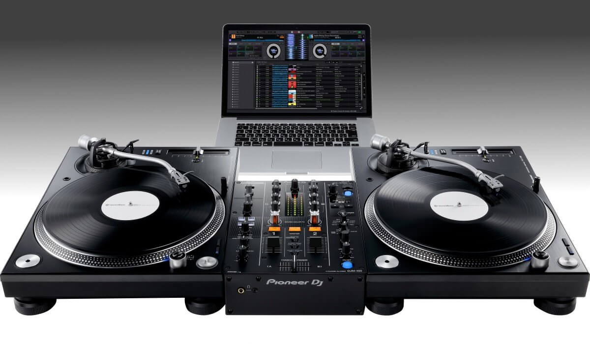 Using the Pioneer DJ DJM-450 with DVS