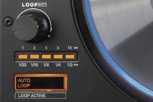 Reloop mixon's 4 very handy loop section.
