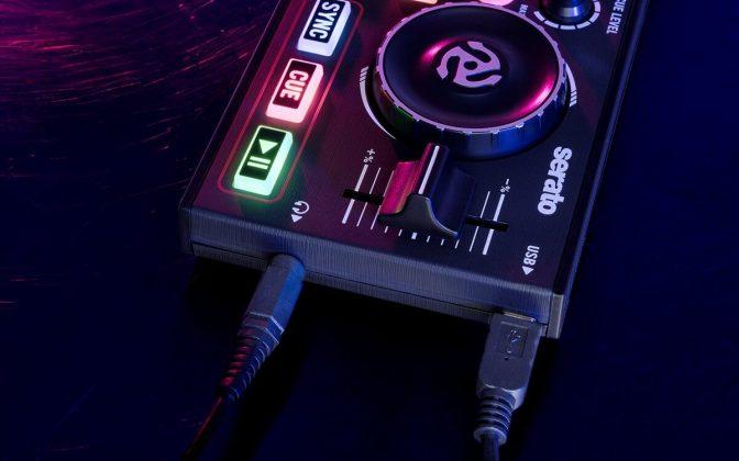 Numark DJ2GO2 ports.