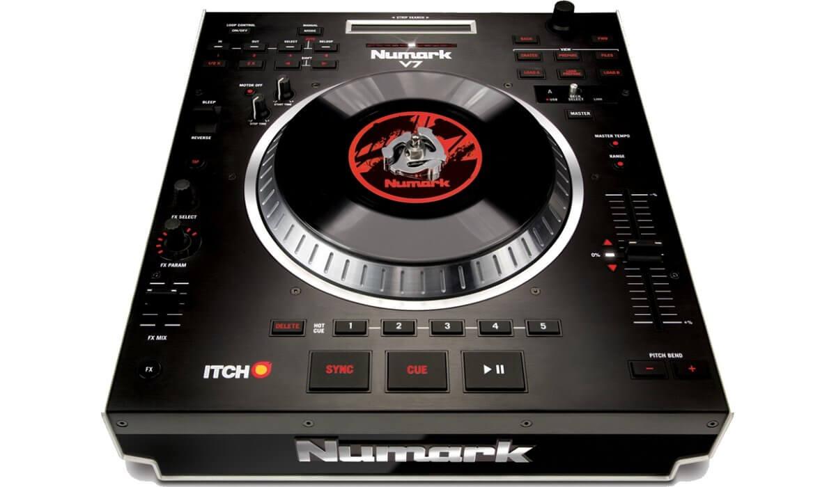 Numark V7 motorized platter controller.