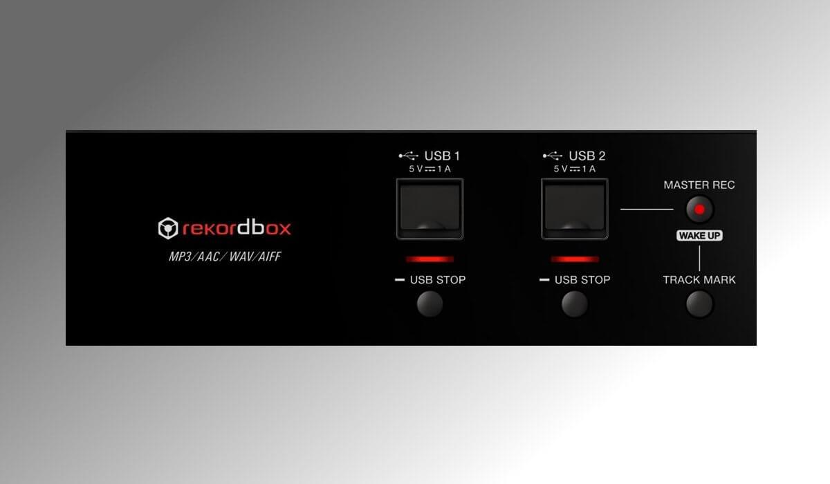 Pioneer DJ double USB input