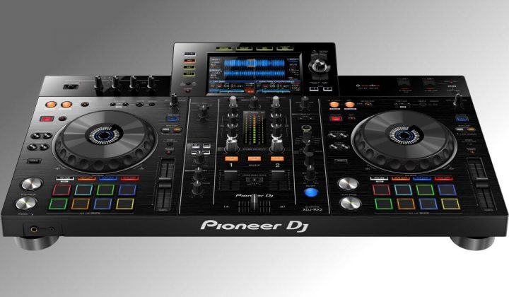 Pioneer DJ XDJ-RX2 fronta