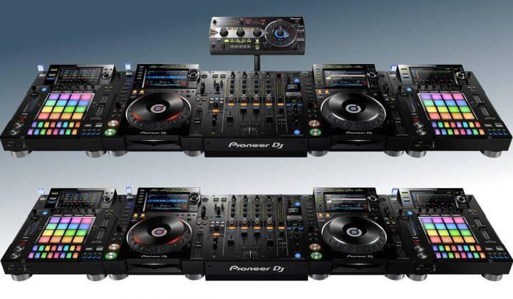 Pioneer DJ DJS-1000 in CDJ/DJM configuration