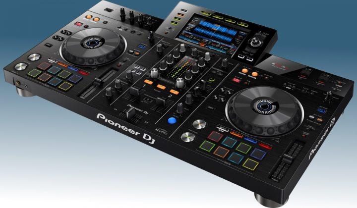 Pioneer DJ XDJ-RX2 side view