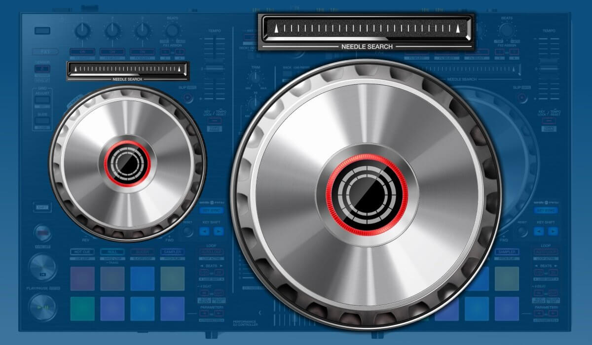 Pioneer DJ DDJ-SR2 jogwheels and touchstrip