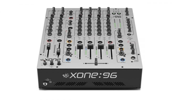 Allen & Heath Xone:96 front view
