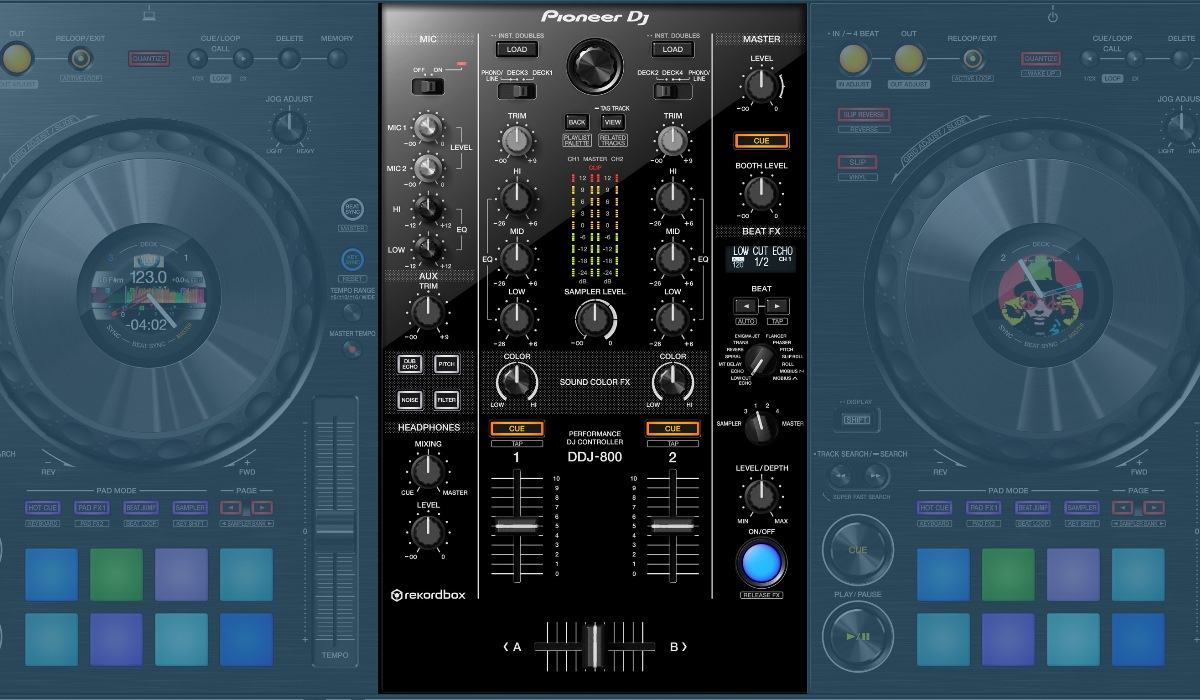 Pioneer DJ DDJ-800 mixer section