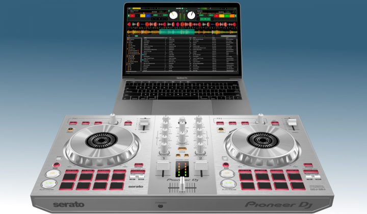 Pioneer DJ SB3-S with laptop